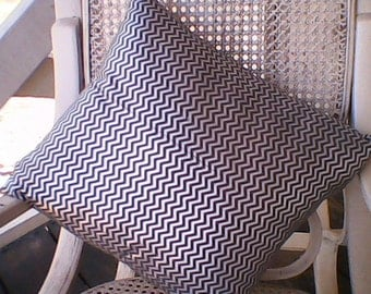 Jagged Silver and Grape Pillow Cover