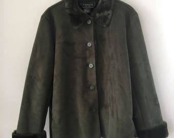 Great Mid Length Vintage Green Faux Fur & Suede Coat Women's Size Large.