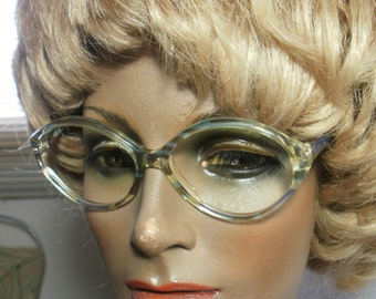 Unusual eyeglass frame by NIGURA (original vintage)