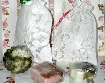 nostalgic soap bag made of linen lace