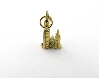 Vintage 18K Yellow Gold Cathedral of Our Lady in Antwerp - De Kathedraal Charm #1592