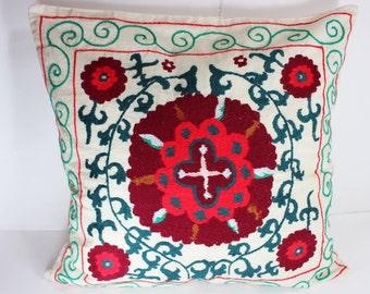 Cotton Suzani Pillow cover, Suzani Pillow, Bohemian Pillow, Boho Pillow, Moroccan Pillow, Decorative Pillows, Accent Pillows, CT 1