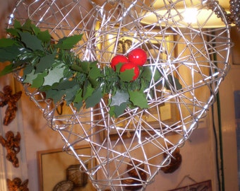Danish Wirework Christmas Heart Decoration.Great for threading Ivy through for a rustic decoration