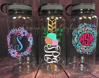 34oz BPA FREE Water Bottle Monogrammed Water bottle, Personalized Water bottle, Mandala Water Bottle, Monogram Water Bottle, Water Bottle