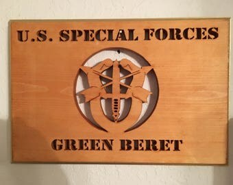 US Special Forces Green Beret Plaque
