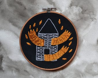 "Circle embroidery handmade ""House burning"""