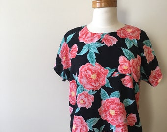 bold floral tee-shirt blouse