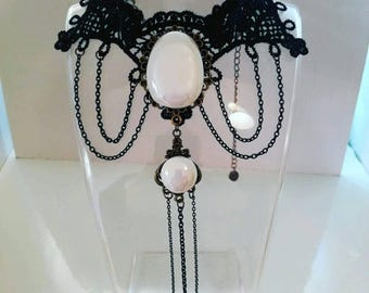 Collier black and white Victorian choker