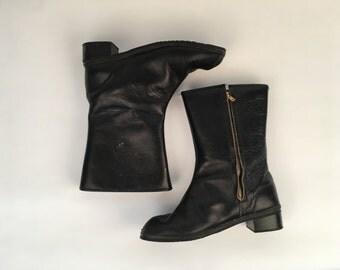 Vintage 60s black zip up boots with orange fur