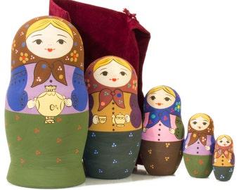 "Russian Nesting Doll - ""Babushka with Samovar"" - MEDIUM SIZE - 5 dolls in 1 - Hand Painted in Russia - Traditional Matryoshka Babushka"