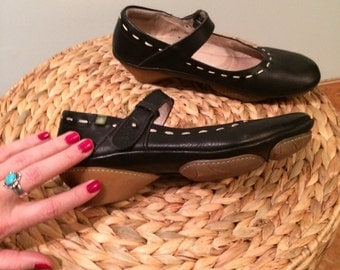 SALE / vintage black, real leather mary jane type shoe, made in spain, well made bohemian leather shoes