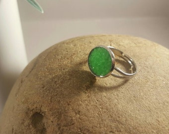 Green ring ,silver adjustable ring with green faux druzy 12mm stone,sparkly,glitter,shiny