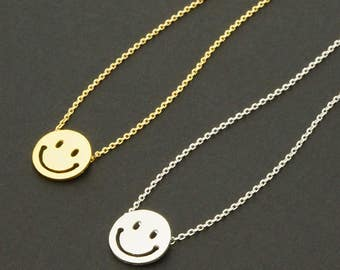 Smile Face Necklace / smiley face necklace, happy face necklace, emoticon jewelry, expression / N0-05