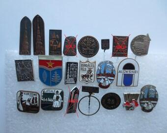 Badges from Latvia, Latvian badges, pins, City badges, Small badges, City jetton, town badges, city symbols, Riga, Latvia, Ogre, Aluksne