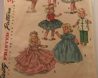 Lovely vintage doll sewing pattern #1809