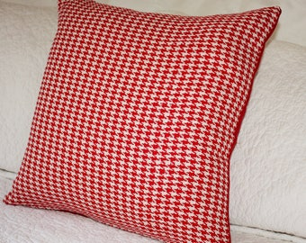 Red and White Houndstooth Cushion Cover - 45 x 45 cm