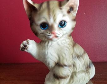 Vintage Norleans Japan Cat figurine, blue eyes