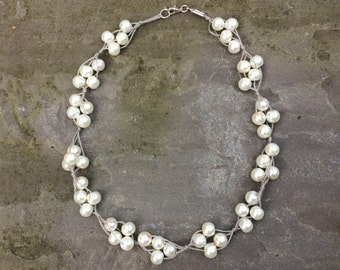 Cluster of Pearls Choker Necklace