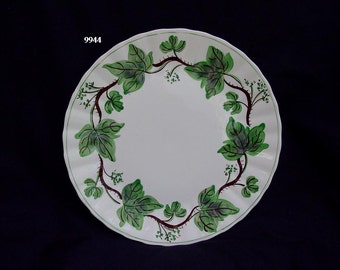 "Blue Ridge Dinner Plate DEWBERRY 10.25"" Ivy Southern Potteries Dinnerware Hand Painted Colonial Shape (B33) 9944"