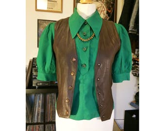 Bright green silk blouse with puff sleeves and 4 buttons, great vintage condition, 70s