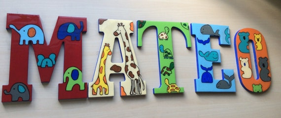 Wooden wall letters, personalized and hand-painted