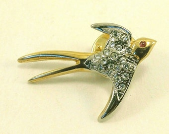 Vintage swallow flying pins brooch