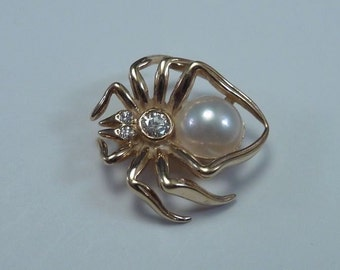 "14K Yellow Gold ""Spider"" Brooch/Pin with Pearl And Diamond"