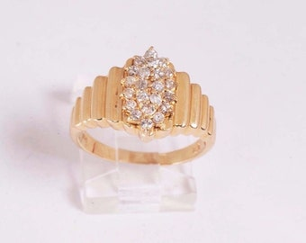 14K Yellow Gold Diamond Cluster Ring, size 7.5