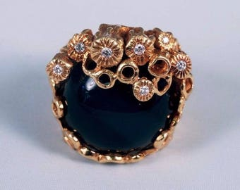 18K Yellow Gold Modernest Large Round Black Onyx and Diamond Chip Ring ,size 6.5