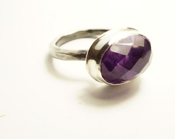 Forged by hand, stone Amethyst - silver ring ring for wife - Design Nature and mode - R 4079