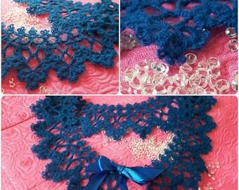 Frivolite Collar