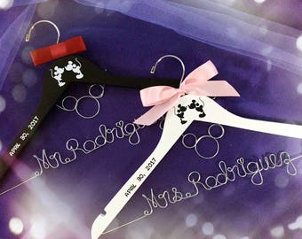Mr and Mrs Hanger, Disney hanger, Mickey and Minnie wedding, Princess Wedding hanger,Wedding Hanger, Bride and Groom hanger
