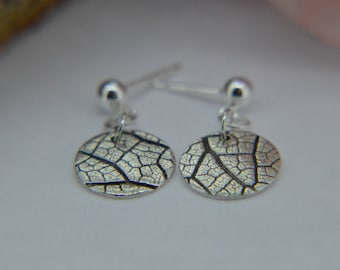 Silver Earrings, Round drop earrings, leaf Earrings, Dangly Earrings, Round leaf Earrings, Silver sage Earrings, boho, Nature Earrings (UK)