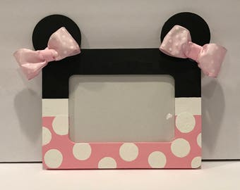 Pink and White Minnie Mouse Frame