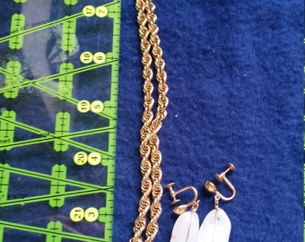 White Stone Earring & Necklace Set Moonstone?