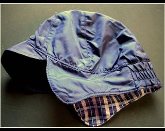 S. Oliver crimped Cap children's Cap with ear flaps dark blue inside Jersey gesticktes car vintage ca 1990s