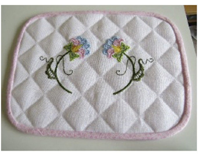 Jacobean-Placemat-Project ( 1 Machine Embroidery Designs from ATW )