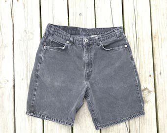 Levi W34 High Waisted Denim Shorts