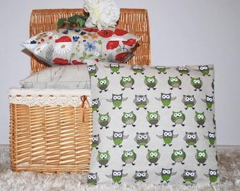 Linen cotton pillow cover Green owls, linen cushion cover 18''x18'';22''x22'', throw pillow