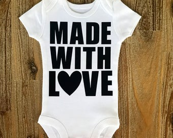 Made with love, New baby bodysuit, Pregnancy announcement, Take Home Outfit, Love, Newborn, Baby girl, Baby boy