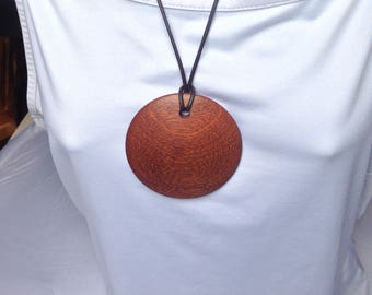 Wooden circular pendant necklace