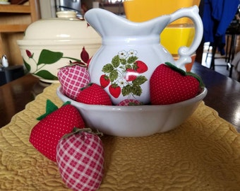 Vintage McCoy Strawberry Pottery Pitcher & Basin