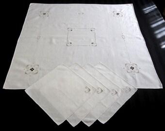 "Vintage Cream Linen Embroidered Tablecloth, Tea Cloth, Luncheon Tablecloth, Bridge Tablecloth – 33"" square, 4 napkins  (cv1719)"