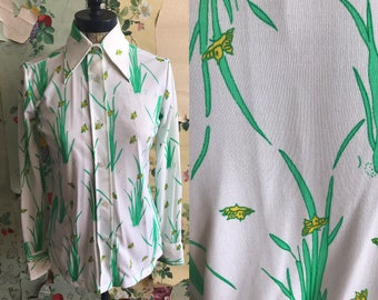 Vintage 1960s/1970s Novelty Print Collared Button Up Polyester Button Up. Small/Medium. Sheer, plants, floral, flowers. Green, yellow
