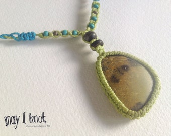 light green macrame necklace with green stone