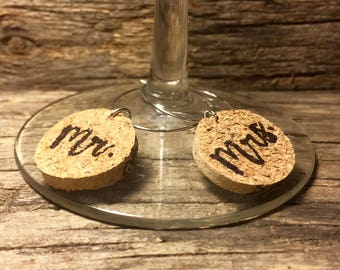 Mr. & Mrs. | Wine Charms