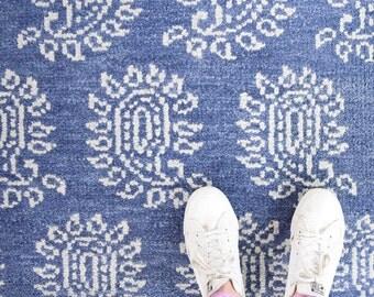 Parthia rug, blue and white