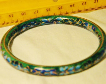 Old Chinese Cloisonne Bangle, with Tiny Flowering Vine Design