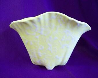 Vintage Shawnee Pottery Cameo Splatter Vase/Planter #2504