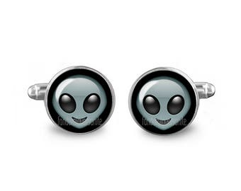 Geeky Cuff Links Alien Emoji Cuff Links 16mm Cufflinks Gift for Men Groomsmen Novelty Cuff links